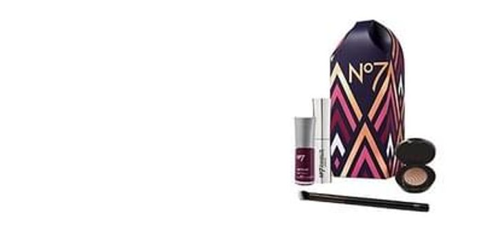 FREE No 7 Gift Set at Boots when you buy 2+ products