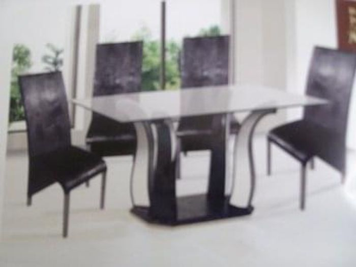 Glass Dining Table with 4 Chairs (Including Delivery)