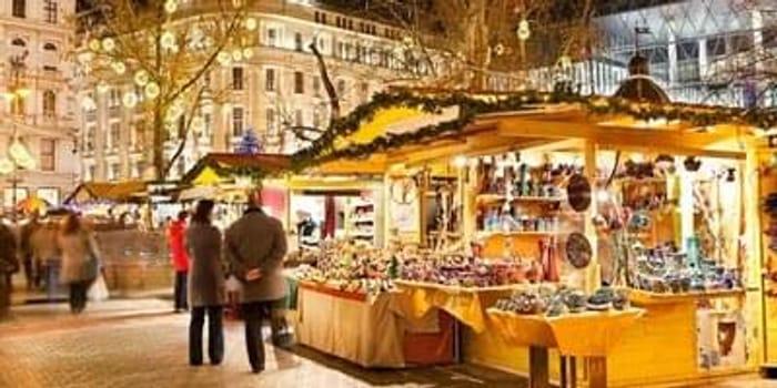 £99pp – Budapest: 3-night break including Christmas market dates