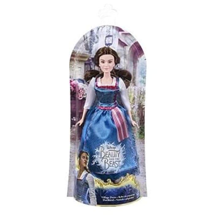 Village dressed belle