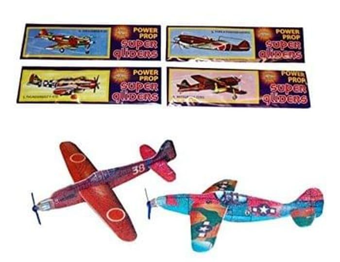 12 World War 2 Flying Gliders