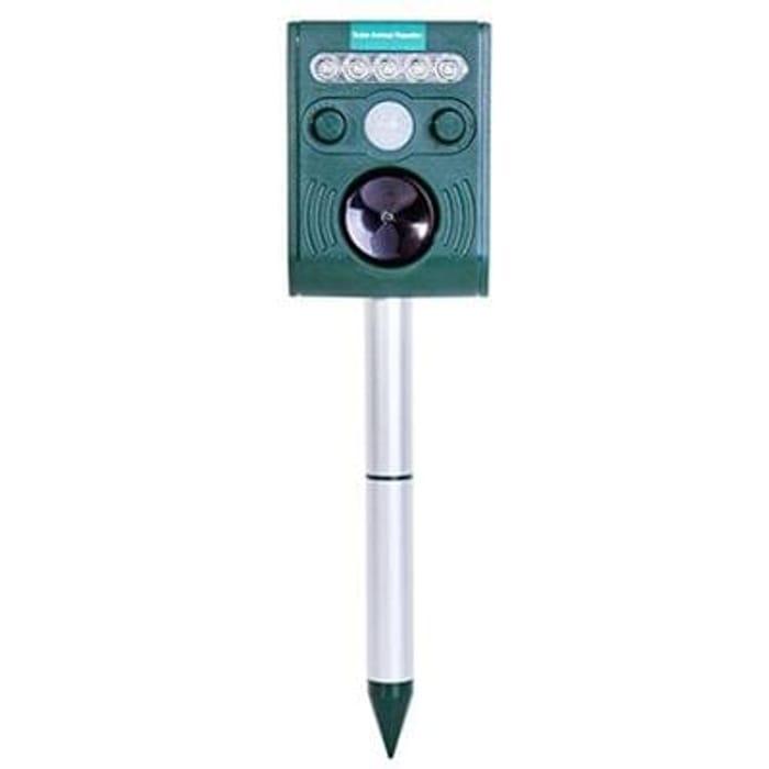 Repeller Ultrasonic Solar garden Animal Repellent. Waterproof Battery Powered