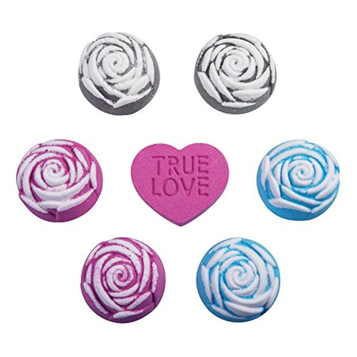 Rose Bath Bombs Promotional Message Gives You £5 Off