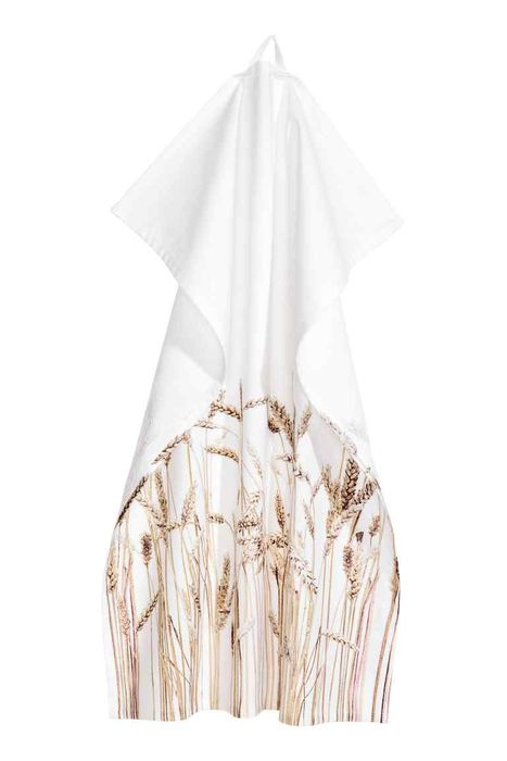H&M Conscious Tea Towel Reduced to £1.49