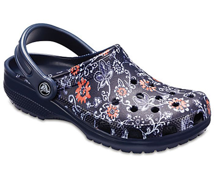 £5 off £25+ Spend at Crocs & Free Delivery