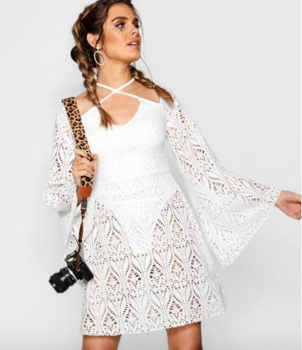 Boohoo - 60% off Dresses, Jumpsuits and Playsuits!