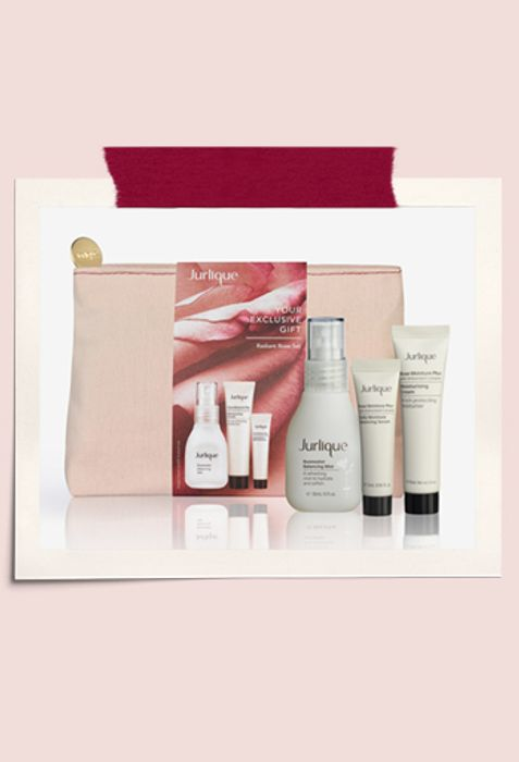 Receive a FREE Radiant Rose Set When You Spend £65 or More on Your Order.