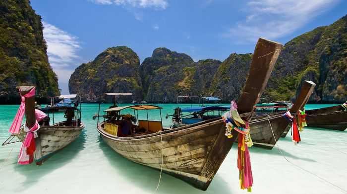 FLIGHT ERROR? Berlin to Phuket for £204! (READ COMMENTS FOR UPDATES)