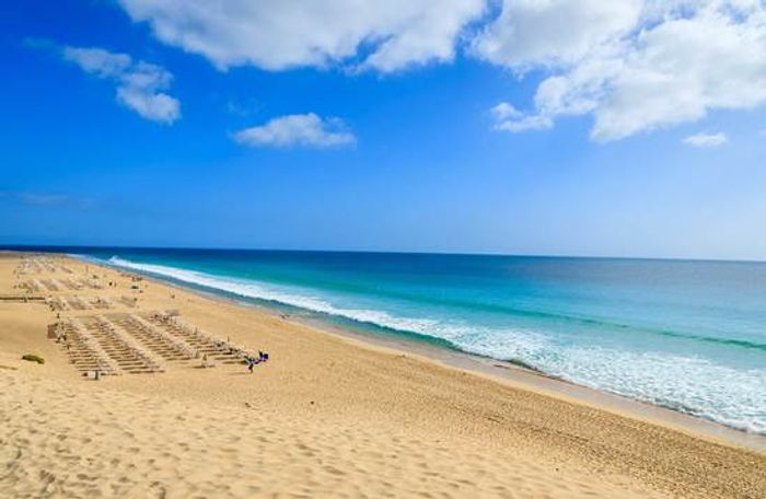 Extra £50 off the Canary Islands with Code: WIN5