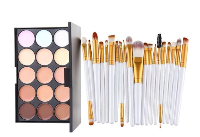 Awesome Makeup Bargain - 15 Shade Palette & 20pc Brush Set!