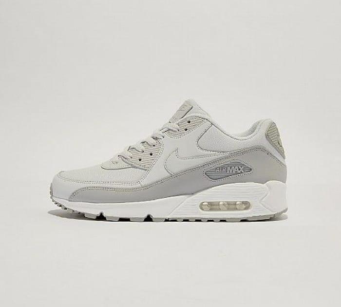 Nike Air Max 90 Essential Trainer | Wolf Grey / Platinum Sizes 6 > 12