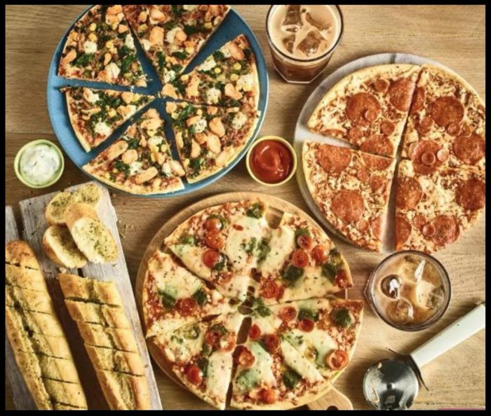 Three Pizzas, Pack of Two Garlic Bread and 1.5ltr Pepsi for £5 - Frm 17th Oct