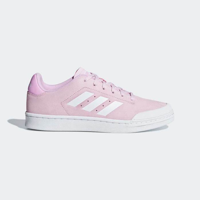 Adidas WOMEN ESSENTIALS COURT 70S SHOES