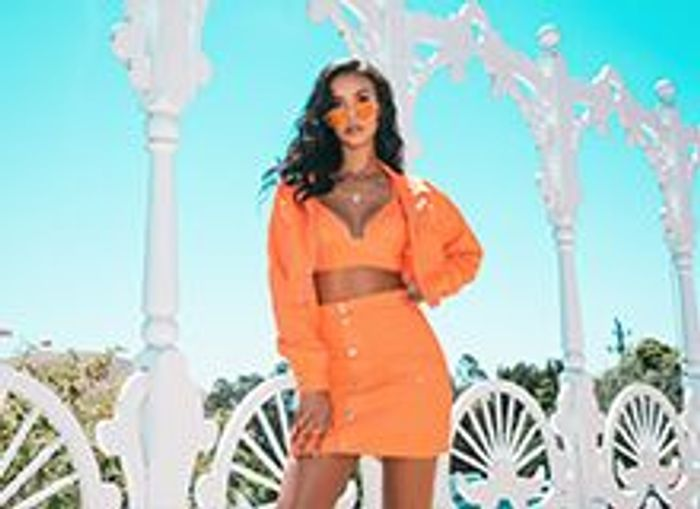 25% Discount Code off Dress Orders at PrettyLittleThing