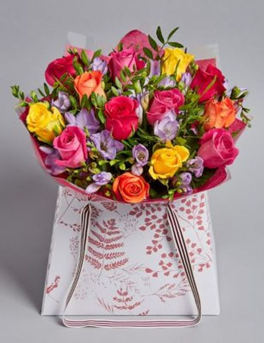 Marks & Spencer - save £5 on Our Rose & Freesia Gift Bag