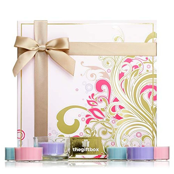 Flutterstar Luxury Gift Set Filled with 21 X Luxury Fragranced Scented Candles.