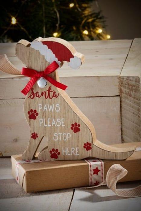 Wooden Christmas Labrador