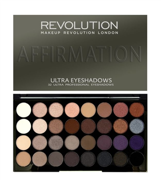Revolution Ultra 32 Shade Eyeshadow Palette