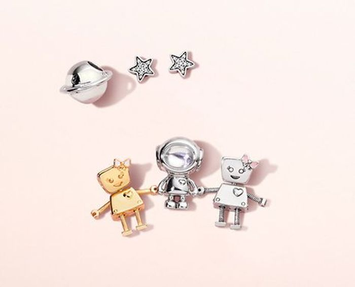 10% off Purchase Online with Code at Pandora