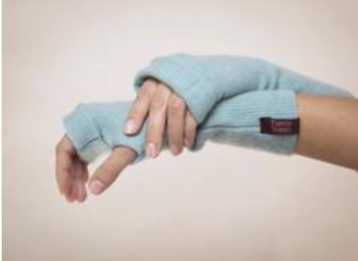 Trade Your Jumper for 100% Cashmere Gloves (P&P £3)