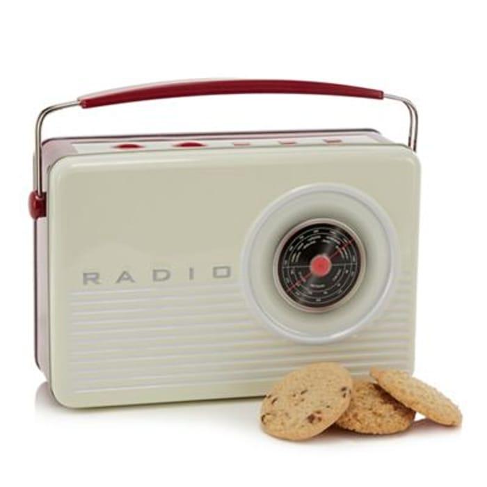Debenhams - Retro Radio Tin with 3 Biscuit Varieties