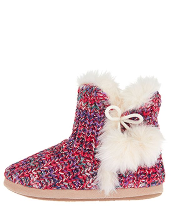 Up to 70% off on Slippers at Accessorize