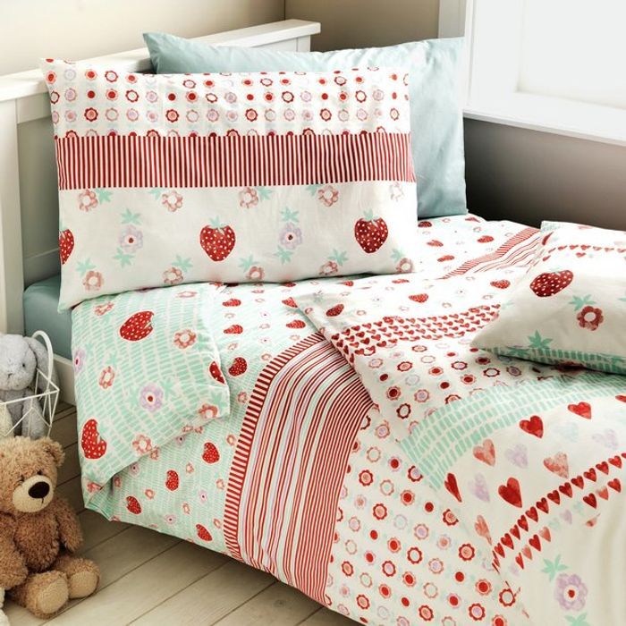 Argos Home Strawberry Twin Pack Bedding Set - Toddler