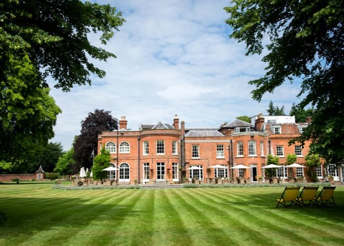Royal Berkshire Hotel - Stay at a Country Mansion