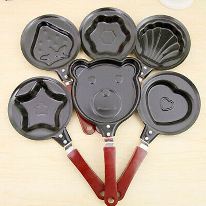 Shaped Egg Mould Nonstick Stainless Mini Breakfast Egg Frying Pans Only £4.49