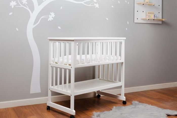 Amanda Bedside Crib & Mattress