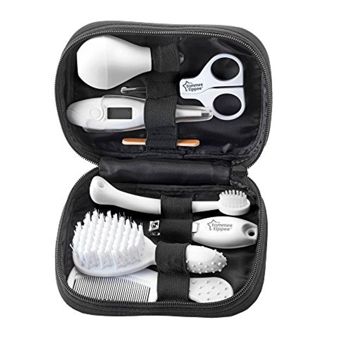 Tommee Tippee Closer to Nature Healthcare Kit - Save £6!