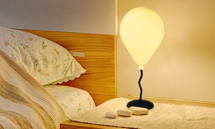 Colour-Changing Balloon Mood Lamp
