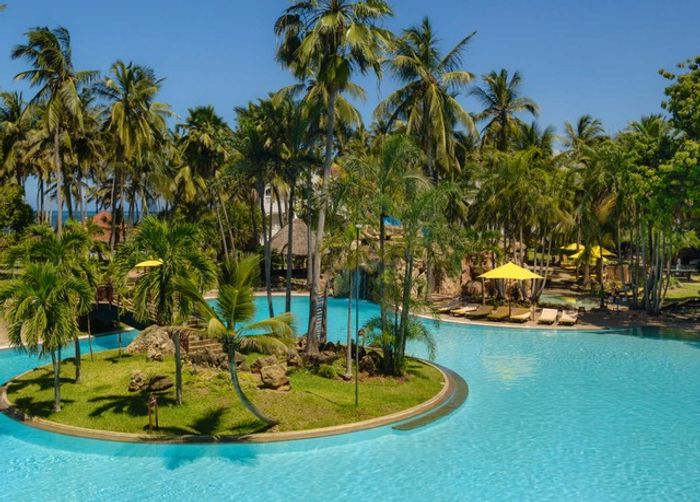 Incredible Kenya Holiday Break