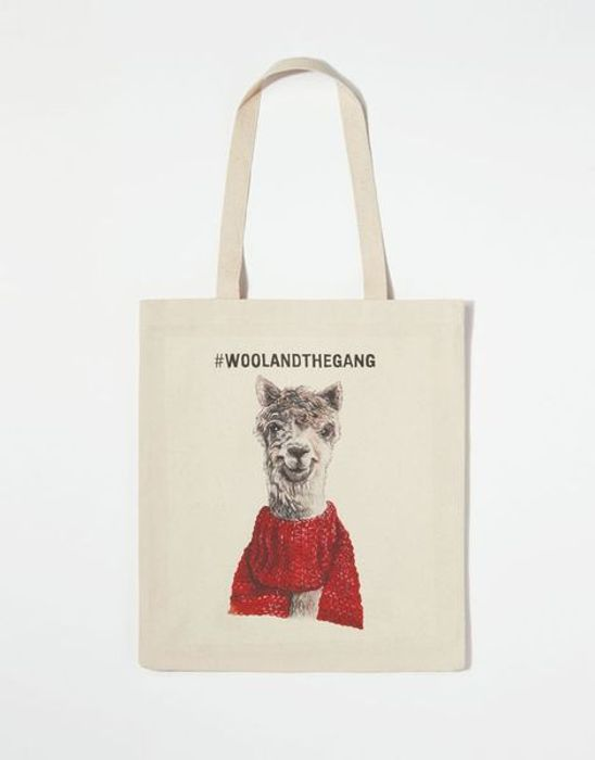 Free Tote Bag on Orders over £75 / $75 / 75
