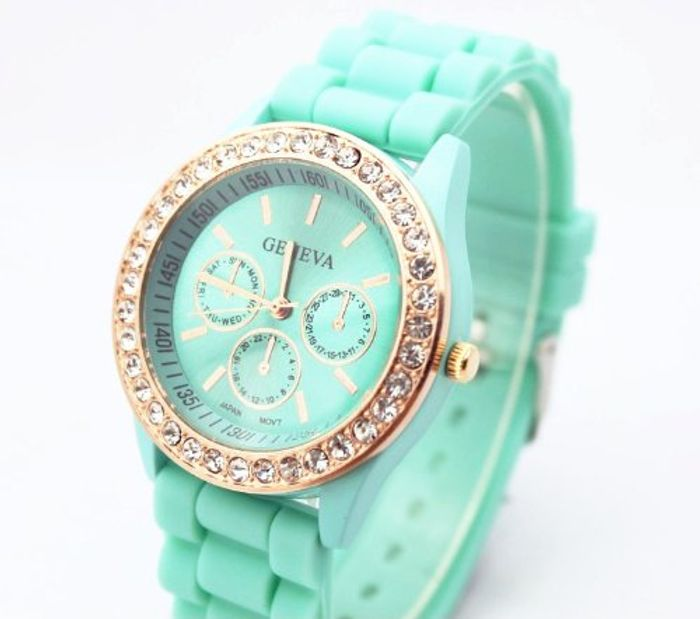 Fashion Base Green New Rose Gold Diamond Quartz Silicone Jelly Watch for Women