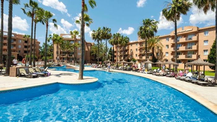 5 Nights Majorca (Departing 26th April) for 2 Adults 64%off at Tui