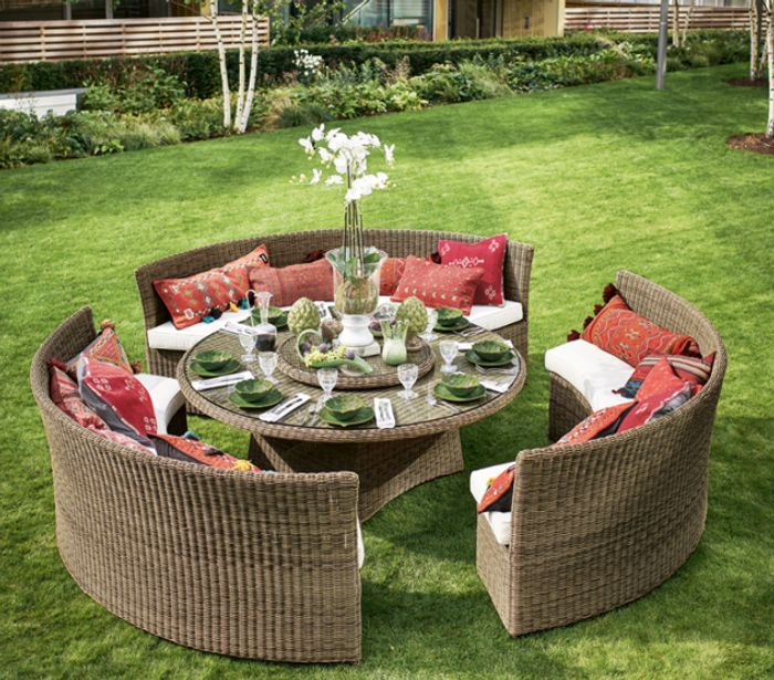 10% off and Free Delivery on Our Favourite Garden Sets at OKA