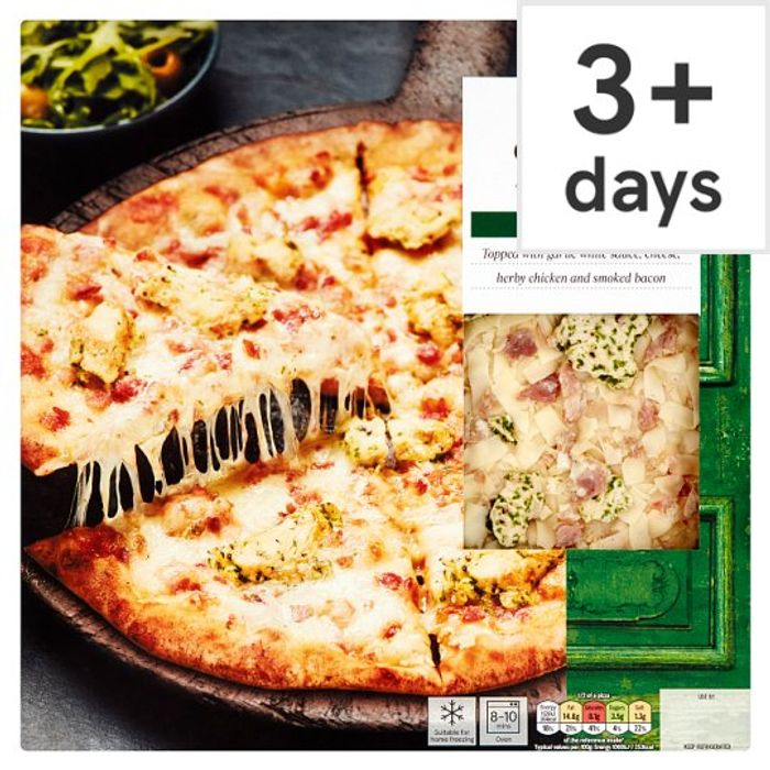 Tesco Stonebaked Chicken and Bacon Pizza 293G