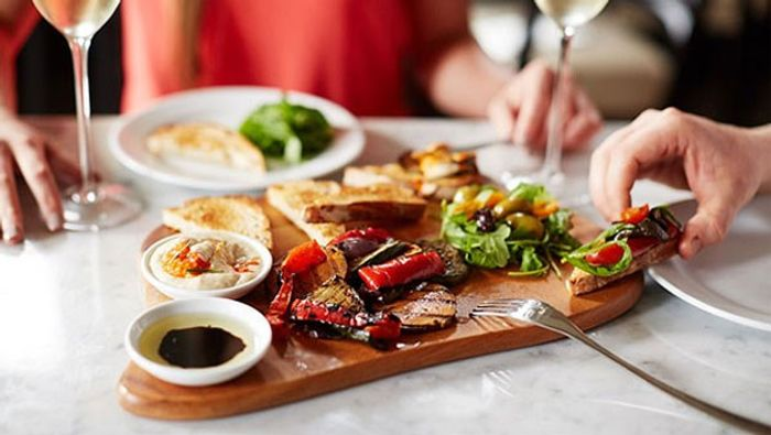 Prezzo 3 Course Meal for 2 with Wine