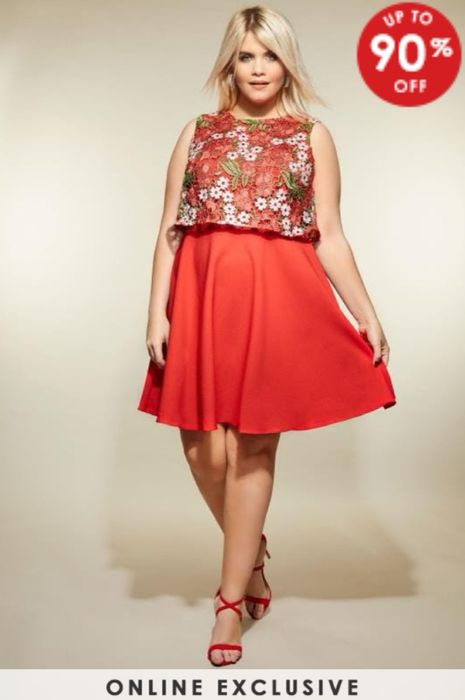 Up to 90% off on plus Size Clothes by Yours Fashion!
