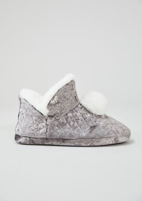 Pretty You London | Slippers Buy One Get One FREE