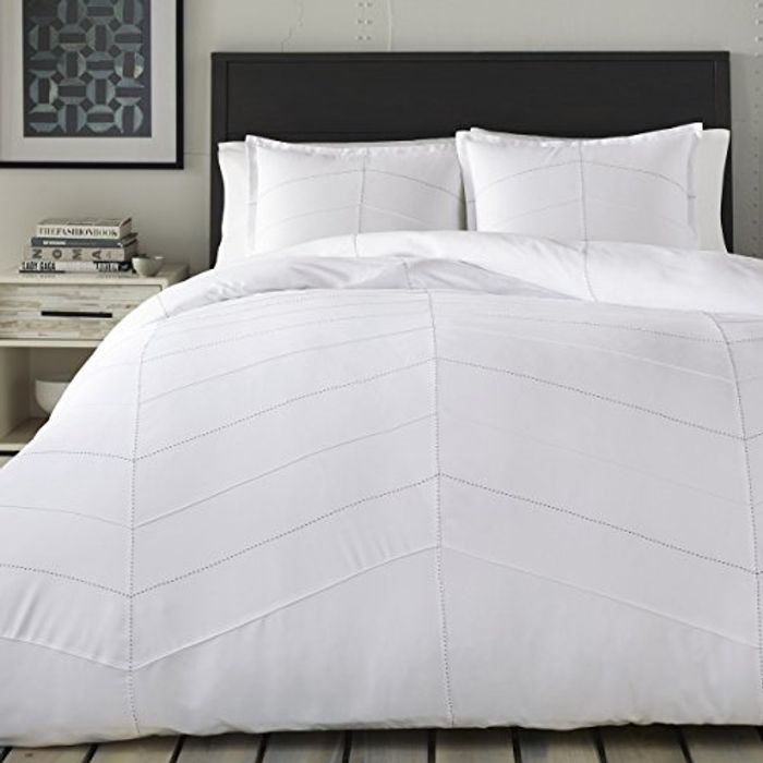 Price Drop! City Scene Courtney Duvet Cover Set White Twin (Add-On)