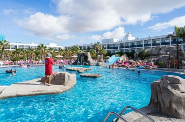 Lanzarote, 4* All-Inclusive Week w/Free Kid's Stay