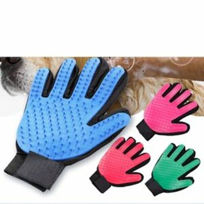 Dog Grooming Glove Blue £1.85