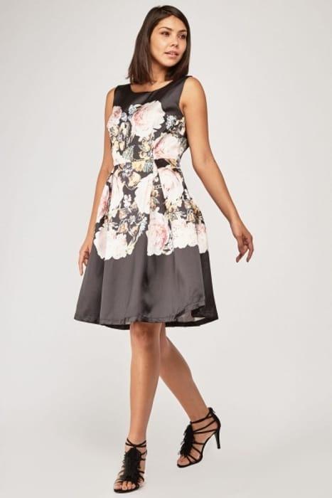 Sleeveless Printed Midi Flared Dress