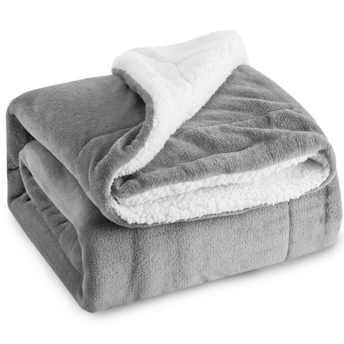 Bedsure Sherpa Reversable Throw Blanket Silver Grey (Other Colours Available)