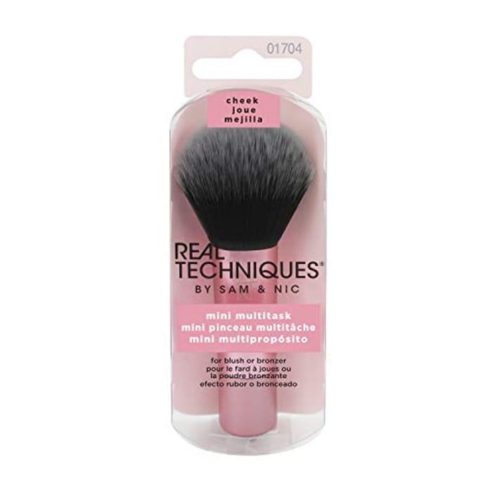 Real Techniques Mini Travel Size Multitask Makeup Brush for Blush