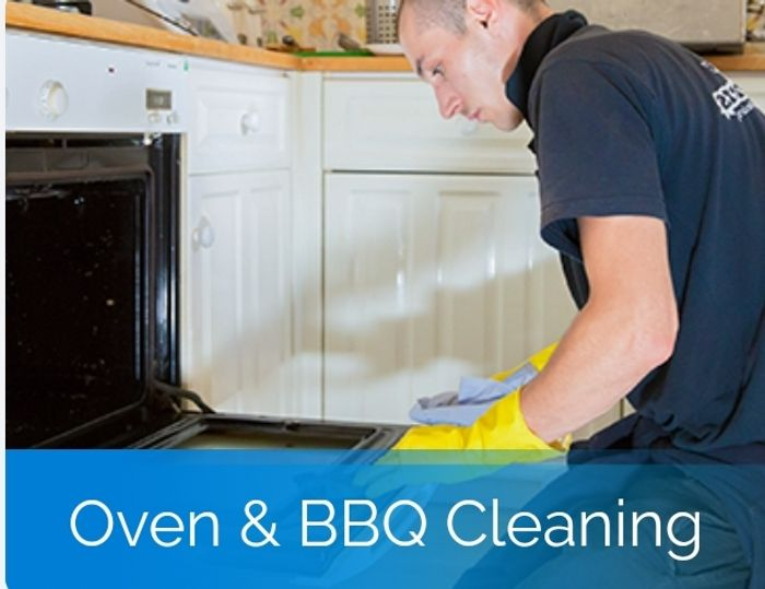 £5 off Oven Cleaning