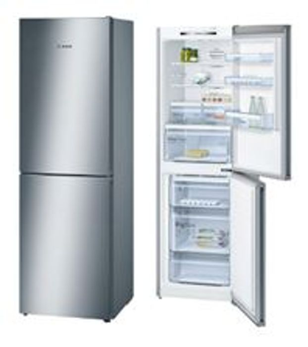 SAVE £100 Bosch Freestanding Fridge Freezer. REDUCED to CLEAR. FREE DELIVERY