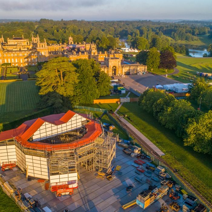 Europe's First Ever Pop-up Shakespearean Theatre is Coming to Blenheim Palace